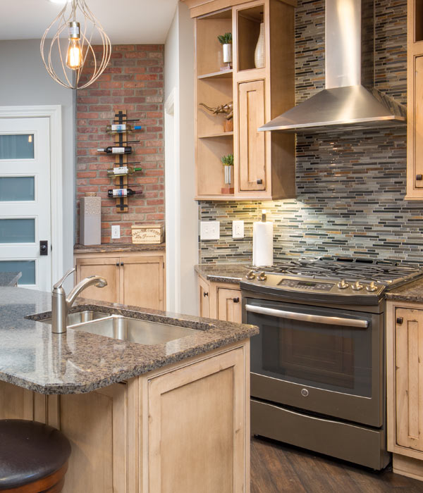new kitchen and bath design by Columbus home decorator